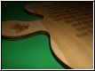 Holz - Spruch auf Laubblatt graviert