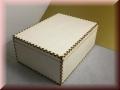 Holzbox - Kiste - mit Holzdeckel und Gravur